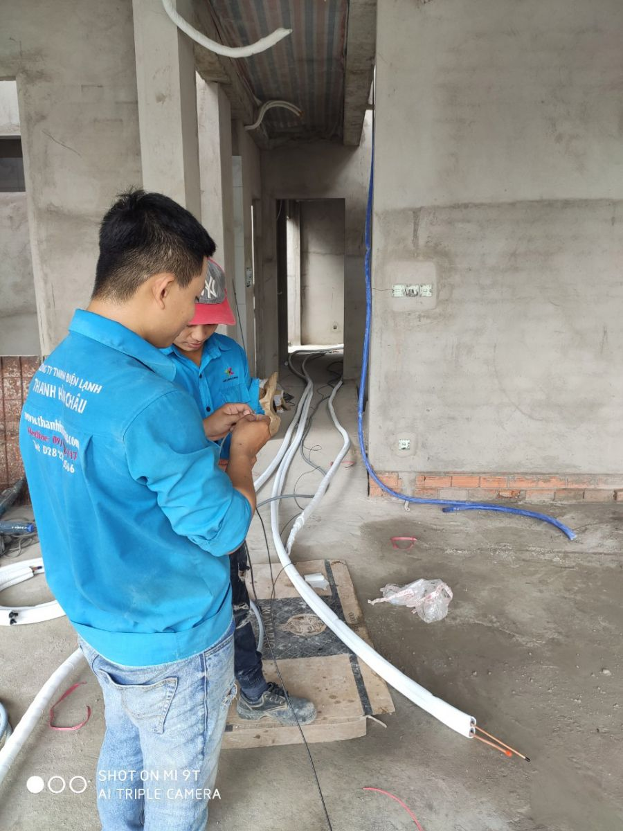 Thi công đường ống máy lạnh